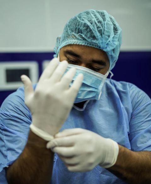 """Coronavirus, il grido d'allarme dei neurologi: """"Emergenza letti e reparti convertiti"""""""